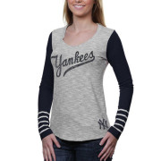 Yankees '47 Women's Dugout Long Sleeve T-Shirt
