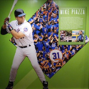 MIKE PIAZZA - HALL OF FAME
